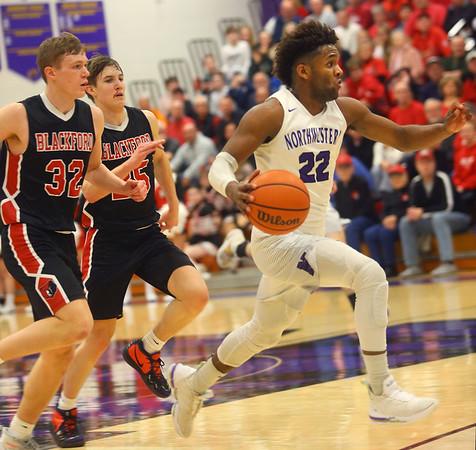 2-11-20<br /> Northwestern vs Blackford boys basketball<br /> NW's Tayson Parker breaks away for a dunk.<br /> Kelly Lafferty Gerber | Kokomo Tribune