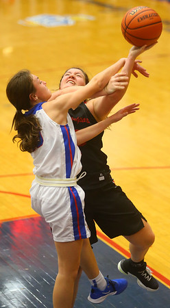1-10-20<br /> Kokomo vs Logansport girls basketball<br /> <br /> Kelly Lafferty Gerber | Kokomo Tribune