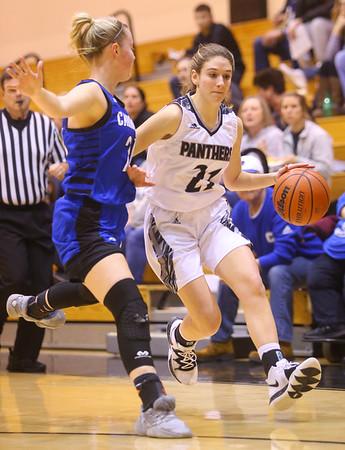 1-16-20<br /> Western vs Carroll girls basketball<br /> Western's Audrey Rassel takes the ball down the court.<br /> Kelly Lafferty Gerber   Kokomo Tribune