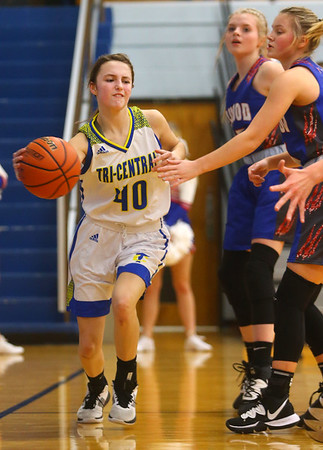 1-22-20<br /> Tri Central vs Elwood girls basketball<br /> Tri Central's Meghan Grubb tosses a pass.<br /> Kelly Lafferty Gerber | Kokomo Tribune