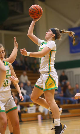 1-30-20<br /> Eastern vs Peru girls basketball<br /> Eastern's McKenzie Cooper shoots.<br /> Kelly Lafferty Gerber | Kokomo Tribune