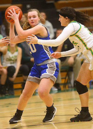 1-14-20<br /> Eastern vs Tipton girls basketball<br /> Tipton's Olivia Spidel looks for a pass.<br /> Kelly Lafferty Gerber | Kokomo Tribune