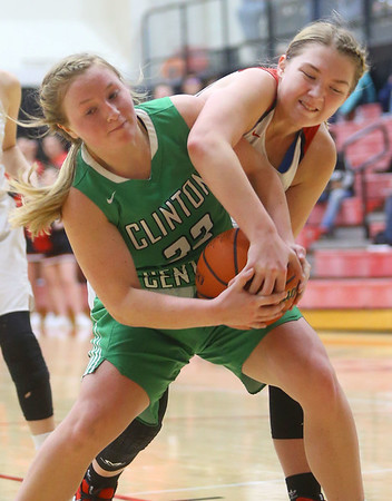 1-17-20<br /> Taylor vs CC girls basketball<br /> CC's Jessica Akard and Taylor's Ashlen Kropczynski go after the ball.<br /> Kelly Lafferty Gerber | Kokomo Tribune