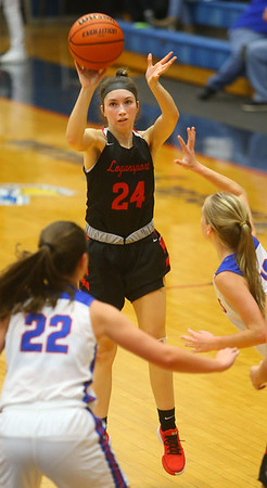 1-10-20<br /> Kokomo vs Logansport girls basketball<br /> Logansport's Elle Deardorff shoots.<br /> Kelly Lafferty Gerber | Kokomo Tribune
