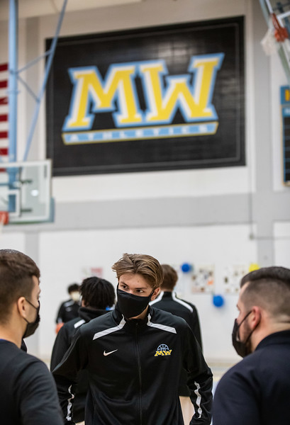 MW Boys Basketball 210227-24