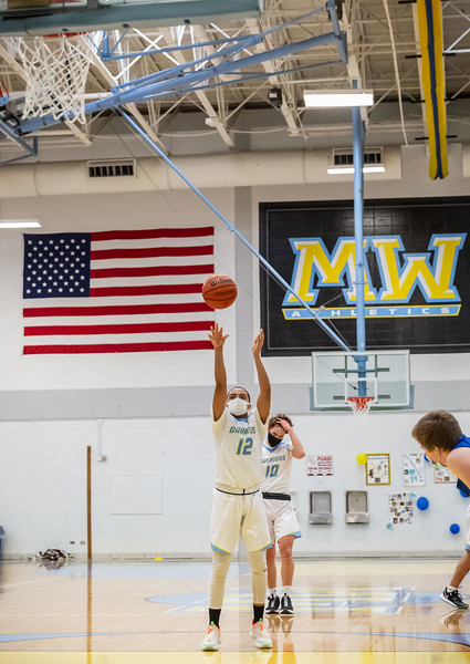 MW Boys Basketball 210227-89