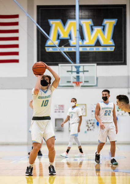 MW Boys Basketball 210227-128