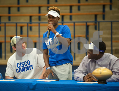 Duntayviun Gross introduces himself and announces his plan to attend Cisco College. Thirteen John Tyler High School seniors signed letters of intent to play collegiate football Wednesday Feb. 3, 2016 as part of National Signing Day.  (Sarah A. Miller/Tyler Morning Telegraph)
