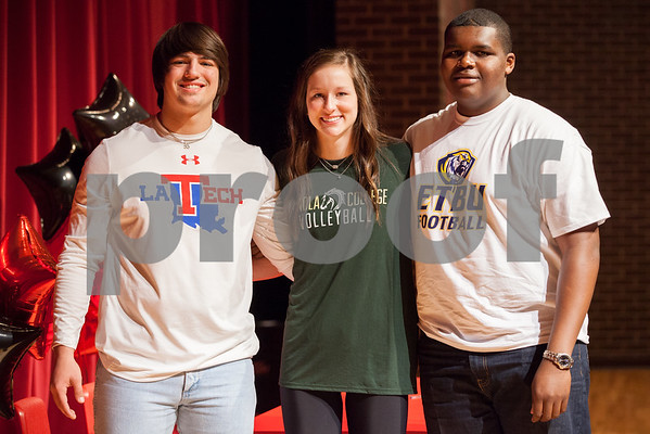 020415_Robert E Lee National Signing Day Ceremony