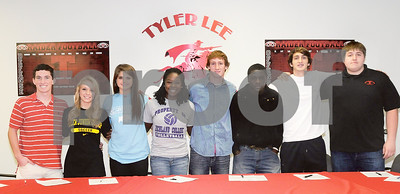 Lee athletes sign their national letters of intent Wednesdeay morning. Herb Nygren Jr 0206713