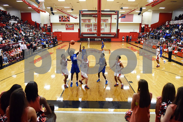 John Tyler's (25) Ke'Andre Street reaches for the rebound as they play Robert E. Lee Tuesday Feb. 7, 2017 at Robert E. Lee.  (Sarah A. Miller/Tyler Morning Telegraph)