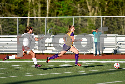 Robert E. Lee sophomore Abby Tillson (6) runs after Lufkin junior Katelyn Knowles (7) during a class 6A bi-district game at Robert E. Lee High School in Tyler, Texas, on Thursday, March 23, 2017. (Chelsea Purgahn/Tyler Morning Telegraph)