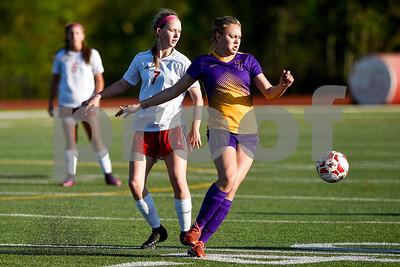 3/23/17 Robert E. Lee vs Lufkin Girls Soccer by Chelsea Purgahn