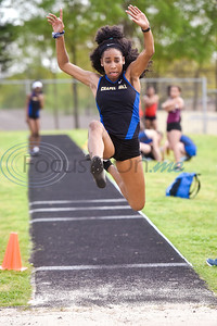 A Chapel Hill athlete competes in a track and field meet in Whitehouse, Texas, on Thursday, March 28, 2019. (Chelsea Purgahn/Tyler Morning Telegraph)