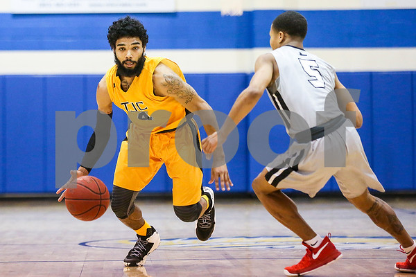 Tyler Junior College freshman Brian Warren (4) dribbles the ball down the court during a NJCAA Region XIV tournament game at John Alexander Gym in Jacksonville, Texas, on Thursday, March 9, 2017. Lee College won 70-69. (Chelsea Purgahn/Tyler Morning Telegraph)