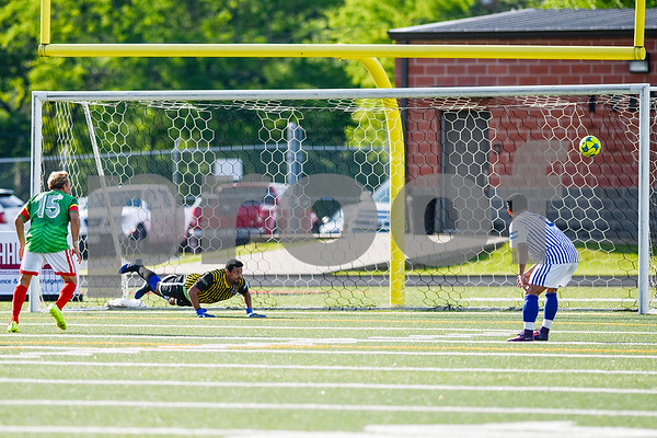 Mexico scores a goal during a soccer game at Christus Trinity Mother Frances Rose Stadium in Tyler, Texas, on Sunday, April 2, 2017. Mexico beat Honduras 3-2. (Chelsea Purgahn/Tyler Morning Telegraph)