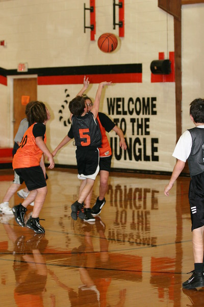 b-ball 6th girls tigers team w08-09 079