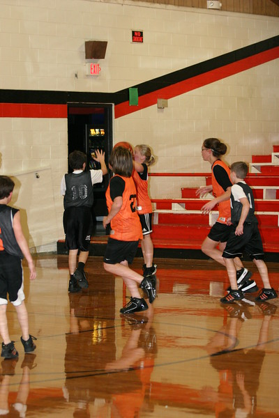b-ball 6th girls tigers team w08-09 074