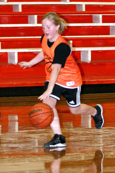 Copy of b-ball 6th girls tigers team w08-09 065
