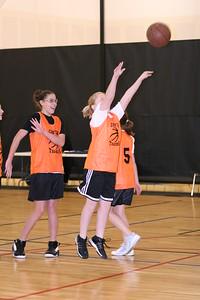b-ball 6th girls tigers gm 7 w08-09 021