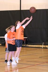 b-ball 6th girls tigers gm 7 w08-09 019