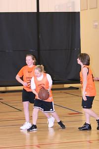 b-ball 6th girls tigers gm 7 w08-09 044