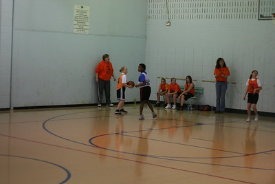 b-ball 6th girls tigers gm 5 w08-09 004
