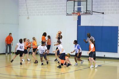 b-ball 6th girls tigers gm 5 w08-09 044