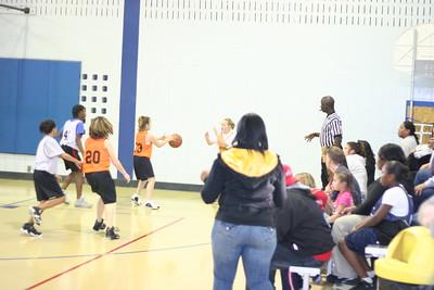 b-ball 6th girls tigers gm 5 w08-09 013