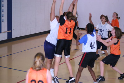b-ball 6th girls tigers gm 5 w08-09 027