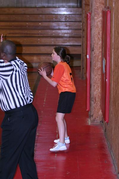 b-ball 6th girls tigers w08-09 024