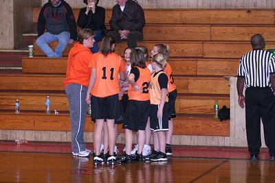 b-ball 6th girls tigers w08-09 009