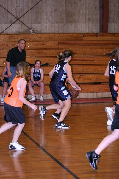 b-ball 6th girls tigers w08-09 045