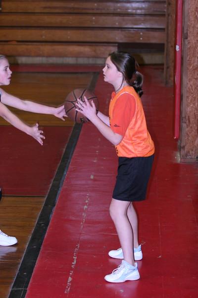 b-ball 6th girls tigers w08-09 026