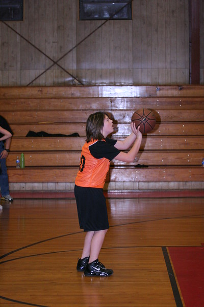 b-ball 6th girls tigers w08-09 043