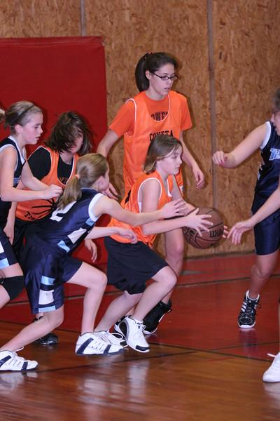 b-ball 6th girls tigers w08-09 044