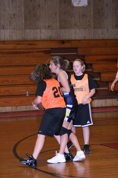 b-ball 6th girls tigers w08-09 047