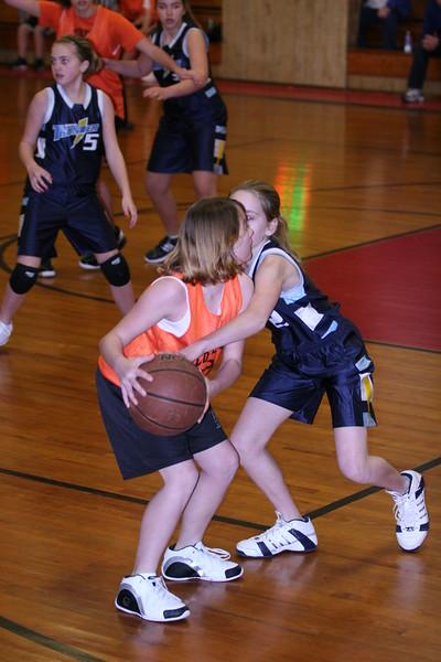 b-ball 6th girls tigers w08-09 017