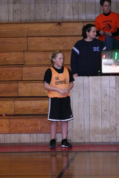 b-ball 6th girls tigers w08-09 042