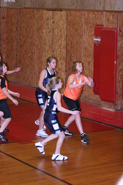 b-ball 6th girls tigers w08-09 015