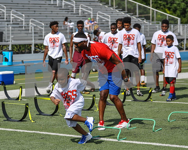 Former NFL player Aaron Ross cheers on campers at his football camp on Saturday, July 21. The camp took place at John Tyler High School and was hosted by CHRISTUS Trinity Mother Frances. (Jessica T. Payne/Tyler Paper)