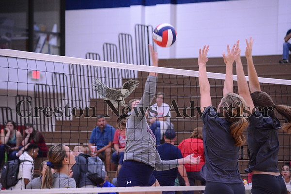 8-23 SWCC-Graceland volleyball scrimmage