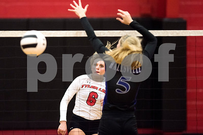 Robert E. Lee senior Ashley Oldham (6) hits the ball during a high school volleyball game at Robert E. Lee High School in Tyler, Texas, on Tuesday, Aug. 22, 2017. (Chelsea Purgahn/Tyler Morning Telegraph)