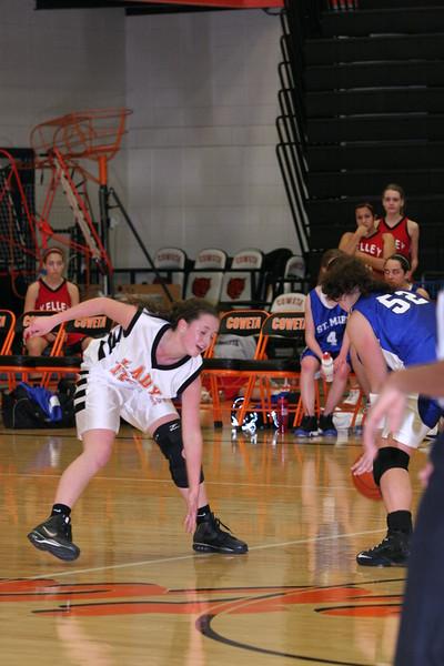 b-ball 8th-9th girls 2-09 028