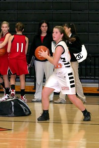 b-ball 8th-9th girls 2-09 012