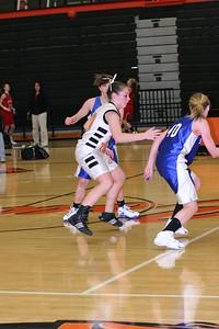 b-ball 8th-9th girls 2-09 035