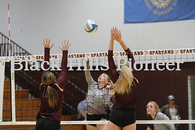 9-11-18 LD volleyball @ Spearfish
