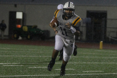 Stony Point's Aidan Barrera makes a run against Shoemaker Thursday at Leo Buckley Stadium.