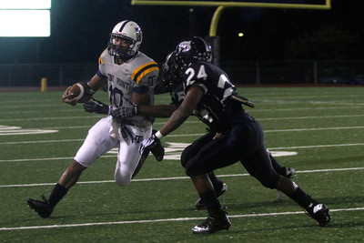 Stony Point's Damian Lindley makes a run against Shoemaker Thursday at Leo Buckley Stadium.