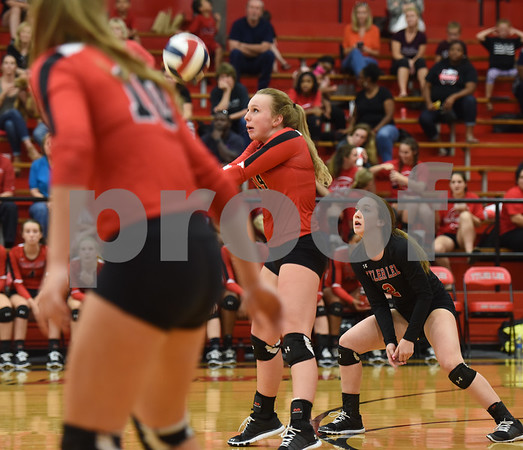 Robert E. Lee High School's Blythe Heist bumps the volleyball as they play Mesquite Tuesday night Sept. 20, 2016 at home in Tyler.  (Sarah A. Miller/Tyler Morning Telegraph)